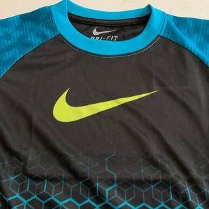 Nike Shirts & Tops - Nike boys dri fit stay cool top